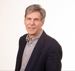 Dr. Wilfried Schmolla